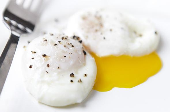 3-Steps-to-the-Perfect-Poached-Egg-2-size-3