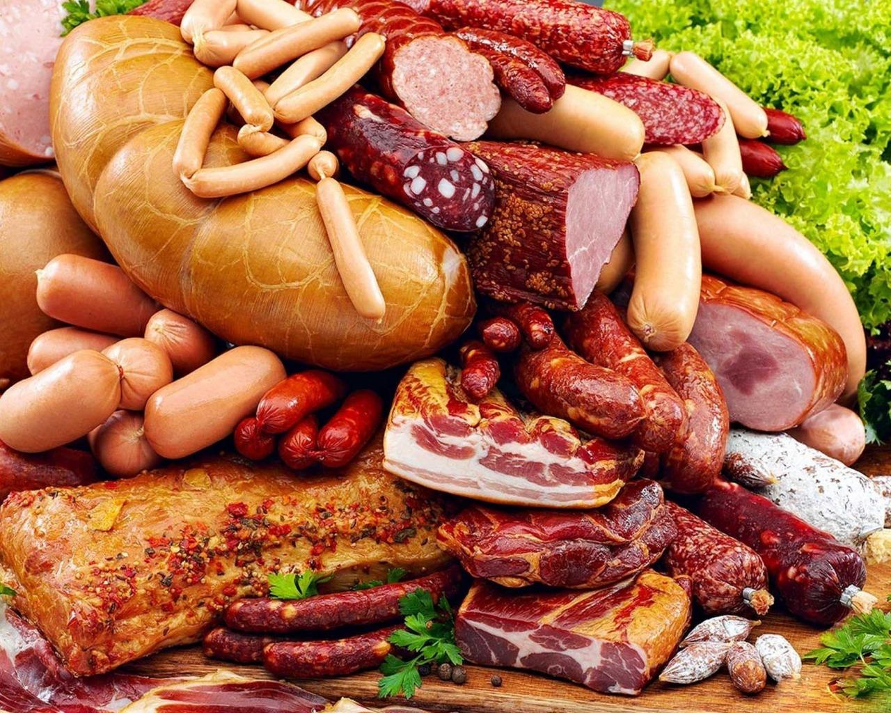 Мясо, ВОЗ и рак: можно ли приравнять сосиски к сигаретам?