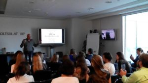 Новый формат: корпоративный тренинг «Еда и здоровье» с LCHF-фуршетом