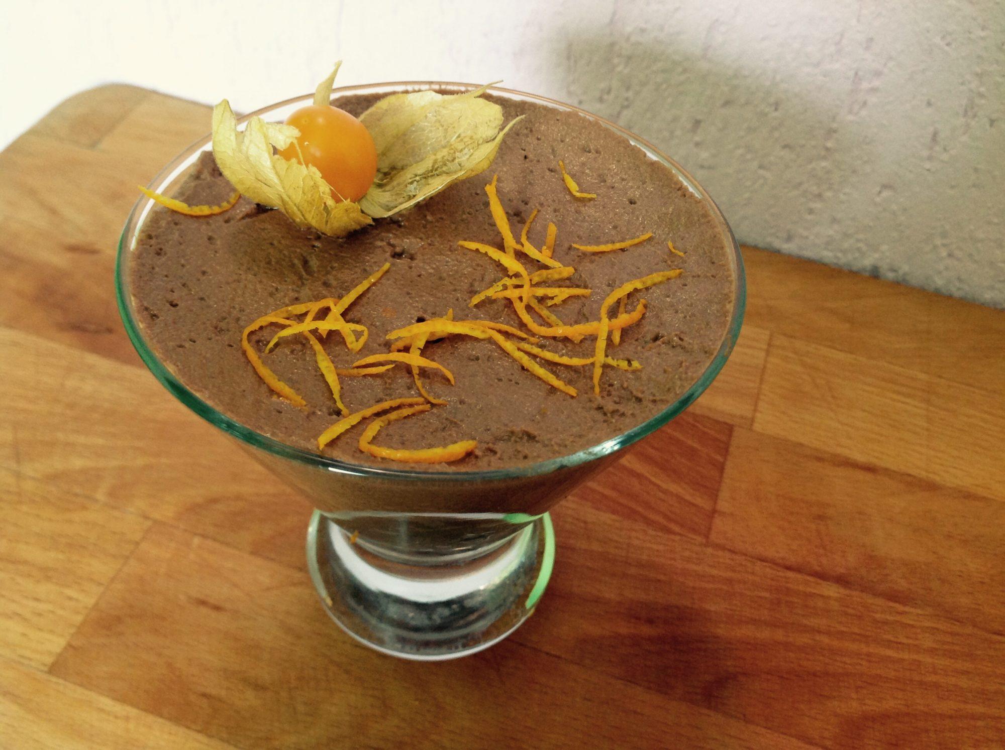 Шоколадный мусс из авокадо