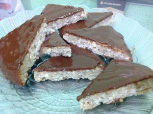 Ореховый грильяж, покрытый шоколадным ганашем