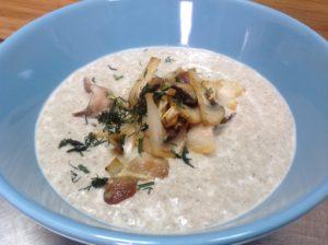 Грибной крем-суп из шампиньонов с беконом