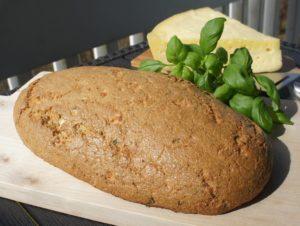 Хлеб с базиликом и сыром Фета