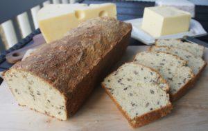 Миндально-творожный хлеб
